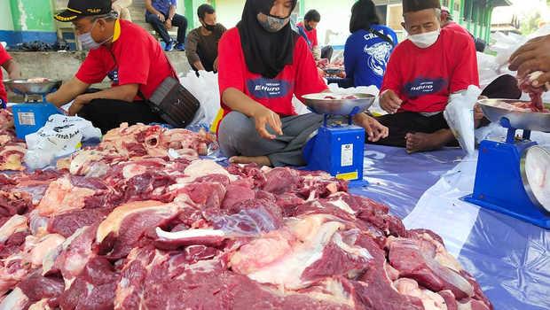 Daging Kurban yang Baru Diolah Bisa Sebabkan Gangguan Pencernaan
